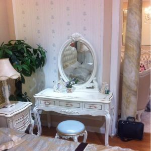 tualetny stol 1105 300x300 - Мебель со скидкой